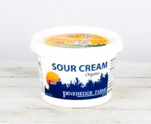 Pinehedge Sour Cream, plastic tub