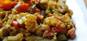 Fenugreek, Cauliflower, and Bell Pepper Curry
