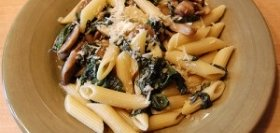 Penne with Rosemary, Mushrooms, Spinach, and Tomatoes