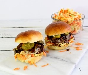 Organic Cheeseburgers with Caramelized Onion & Mushroom