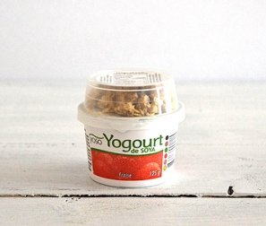 Yogurt, Soy Strawberry & Granola