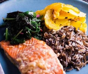 RECIPE 5: Lemon Maple Salmon with Roasted Squash, Rice & Greens