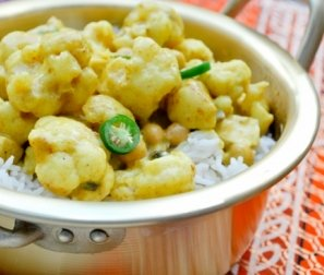 RECIPE 6: Cauliflower Curry with Tofu, Chickpeas & Rice