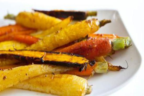 Recipe of the Week: Maple Balsamic Glazed Rainbow Carrots