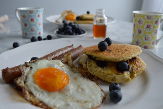 Maple Sausages & Fried Eggs with Blueberry Ricotta Pancakes