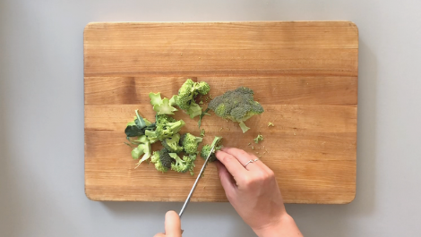 cut the broccoli into 1-inch pieces